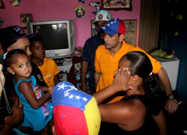 2013-05-16 GABINETE PARROQUIAL NUEVA CUA (SECTOR SAN MIGUEL CALLE 9) FOTO LENIN MORALES (3)